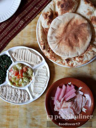 Foto review Al - Basha Restaurant & Cafe oleh Sillyoldbear.id  1