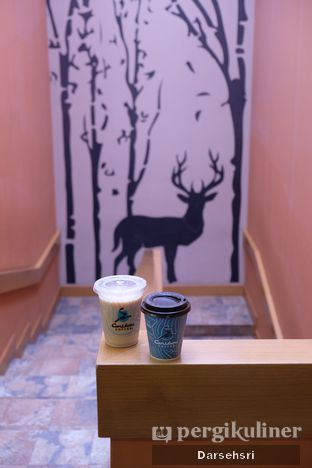 Foto 7 - Interior di Caribou Coffee oleh Darsehsri Handayani
