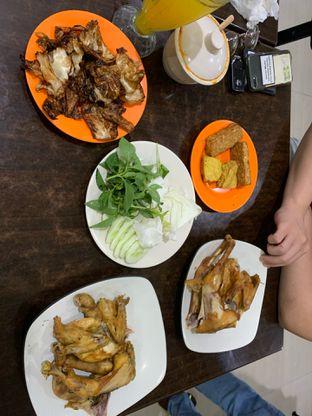 Foto - Makanan di Ayam Goreng Berkah oleh Isabella Chandra