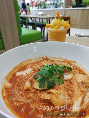 Foto 4 - Makanan(Madame Chang's Kimchi Noodle) di Madame Chang oleh Roro @RoroHais @Menggendads