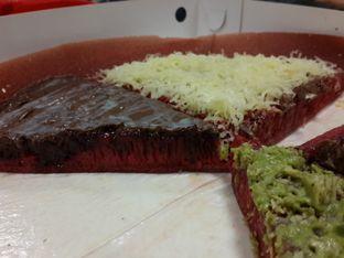 Foto 4 - Makanan di Martabak Royal Gading oleh @stelmaris