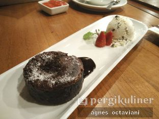 Foto 2 - Makanan(Lava Cake) di Six Degrees oleh Agnes Octaviani