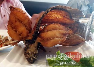 Foto 5 - Makanan(Ikan Gurami) di Layar Seafood oleh Prita Hayuning Dias