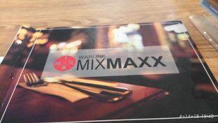 Foto 1 - Interior di Warunk Mix Maxx oleh Meri @kamuskenyang