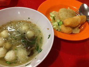 Foto 2 - Makanan(Tekwan, Kapal Selam & Lenjer) di Pempek Palembang Gaby oleh Irine
