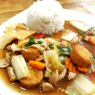 Foto 1 - Makanan di Waroenk Kito oleh Naomi Suryabudhi