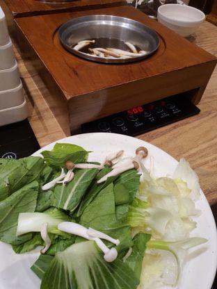 Foto 1 - Makanan di On-Yasai Shabu Shabu oleh Amrinayu