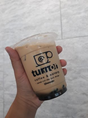 Foto review Turn On Coffee & Eatery oleh Mouthgasm.jkt  8