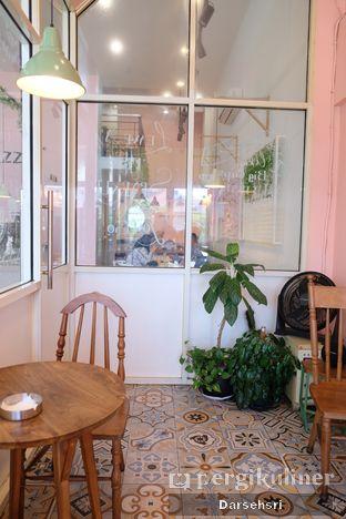 Foto 10 - Interior di Lazy Boss oleh Darsehsri Handayani