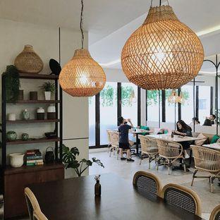 Foto 14 - Interior di Lula Kitchen & Coffee oleh Della Ayu