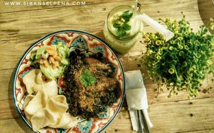 Foto 4 - Makanan(sanitize(image.caption)) di Cafe Soiree oleh Tia Oktavia