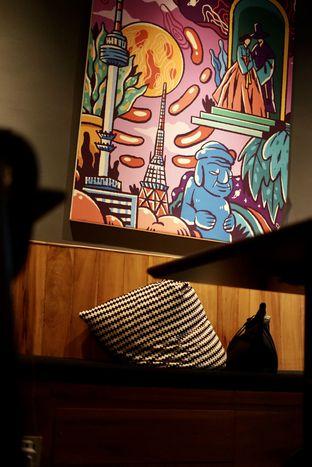 Foto 12 - Interior di Chief Coffee oleh Riani Rin