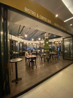 Foto 10 - Interior di Babochkaa Bistro & Coffee Bar oleh Riani Rin