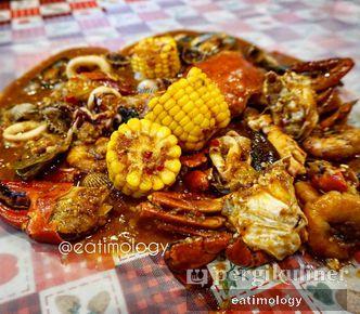 Kepiting Saos Padang Review Eatimology Rafika Alfin Di