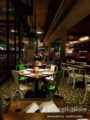 Foto 1 - Interior di Ocha & Bella - Hotel Morrissey oleh ig: @andriselly