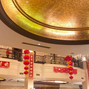 Foto 11 - Interior di Sun City Restaurant - Sun City Hotel oleh Levina JV (IG : @levina_eat & @levinajv)