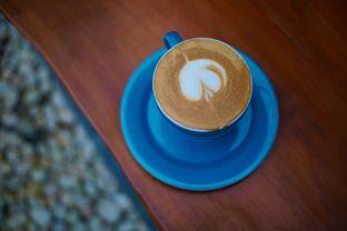 Foto 2 - Makanan(Hot Cappuccino) di Kanay Coffee & Culture oleh Fadhlur Rohman