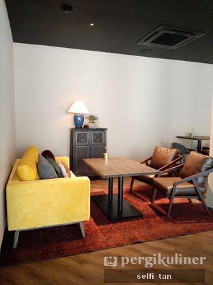 Foto 8 - Interior di The Front Room oleh Selfi Tan