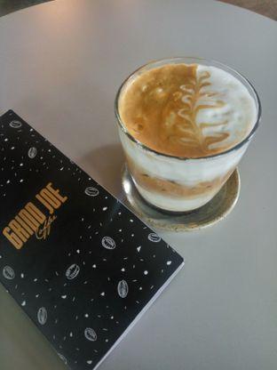 Foto 1 - Makanan(Creamy Ice Cappucino) di GrindJoe Coffee - Moxy Hotel oleh Fadhlur Rohman