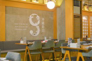 Foto 4 - Interior di Okinawa Sushi oleh IG: biteorbye (Nisa & Nadya)