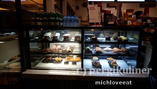 Foto 1 - Interior di Anomali Coffee oleh Mich Love Eat