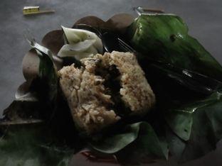 Foto 1 - Makanan di Nasi Bakar Bu Artje oleh Dita Maulida