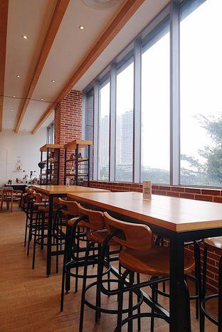 Foto 8 - Interior di Hario Coffee Factory oleh inggie @makandll