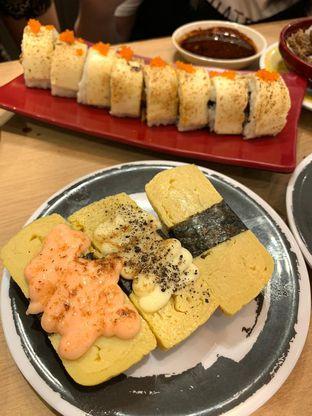 Foto 6 - Makanan di Genki Sushi oleh Duolaparr