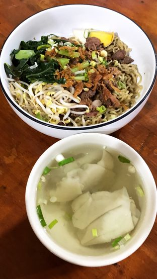 Foto 9 - Makanan(Mie Pangsit Medan) di Mie Keriting Medan Asun oleh Riris Hilda
