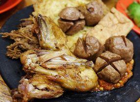 7 Tempat Makan di Kelapa Gading dengan Masakan Khas Indonesia