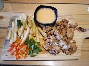 Foto 1 - Makanan di Kandang Ayam oleh Henie Herliani