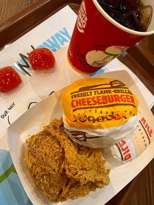 Foto - Makanan(Paket King Meals) di Burger King oleh Jeniffer ca