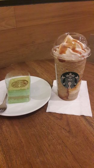 Foto review Starbucks Coffee oleh Dzuhrisyah Achadiah Yuniestiaty 1