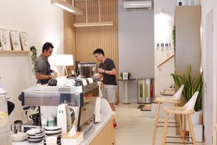 Foto 5 - Interior di Aiko Coffee oleh yudistira ishak abrar