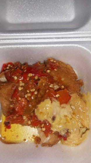 Foto 1 - Makanan di Geprek Gold Chick oleh Mouthgasm.jkt