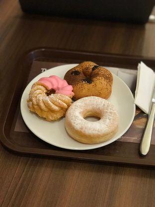 Foto 2 - Makanan di Mister Donut oleh Makan2 TV Food & Travel