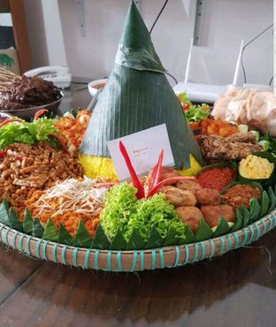 Foto - Makanan di Eng's Resto oleh heiyika