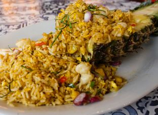Foto 2 - Makanan(Pineapple Fried Rice) di Asiatale oleh Christine Lie #FoodCraverID