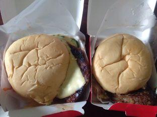 Foto 1 - Makanan di Blenger Burger oleh Pinasthi K. Widhi