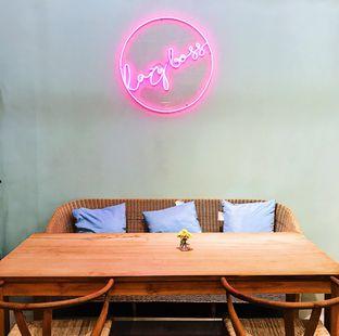 Foto 1 - Interior di Lazy Boss oleh Della Ayu