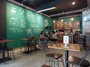Foto 4 - Interior di Edisan Coffee oleh Abizar Ahmad