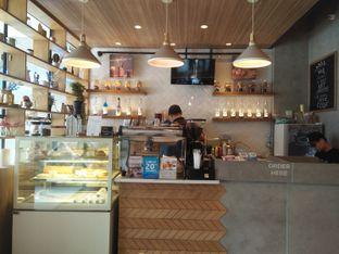 Foto 4 - Interior di Phos Coffee oleh Herina Yunita