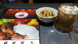 Foto 1 - Makanan di Kedai Victory (Bebek Seuhah) oleh Mina Wahyuni