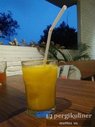 Foto 1 - Makanan(Mango Juice) di Righthands Coffee oleh Muthia US