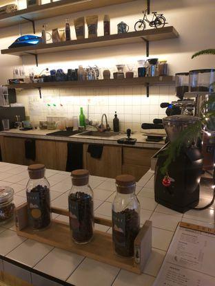 Foto 2 - Interior di Sedjenak Koffie En Eethuis oleh Sari Cao
