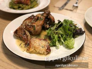 Foto 4 - Makanan(1/2 Roasted Chicken) di Kitchenette oleh Cubi