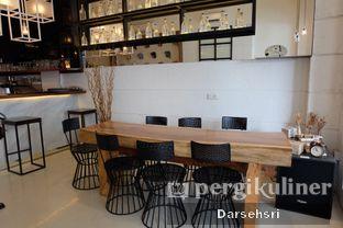 Foto 9 - Interior di Demeter oleh Darsehsri Handayani