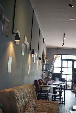 Foto 6 - Interior di Monomania Coffee House oleh BUKUmenuku