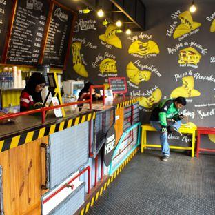 Foto 1 - Interior di Panties Pizza oleh Christine Lie #FoodCraverID