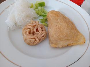 Foto 2 - Makanan di Pempek Tjik Wan 96 oleh Jocelin Muliawan